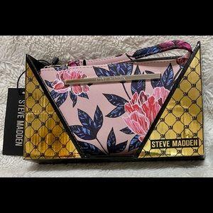 Brand New in box Steve Madden Wallet